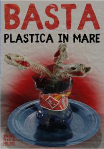 basta plastica in mare
